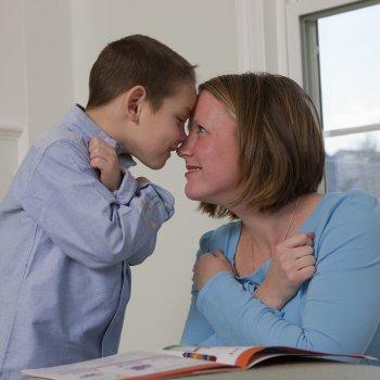 lengua de signos en bebés oyentes