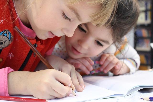 cómo socializa un niño homeschooler